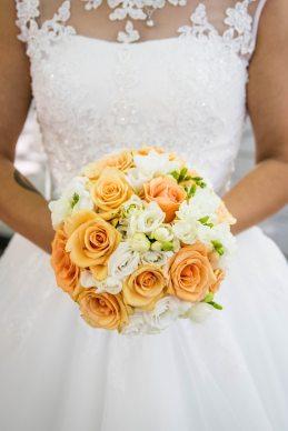 como-posar-novia-flores-3